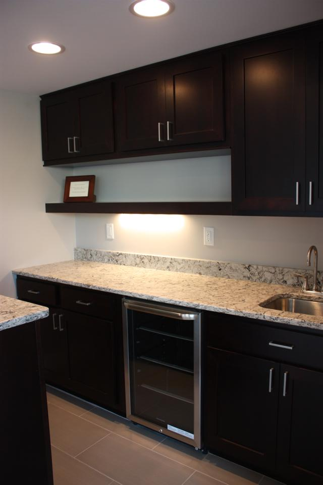 2014 parade home quality cabinetry cabinet style coralville for Anderson kitchen cabinets