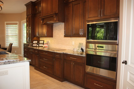 H&H 2014 Parade Home-Kitchen (2)