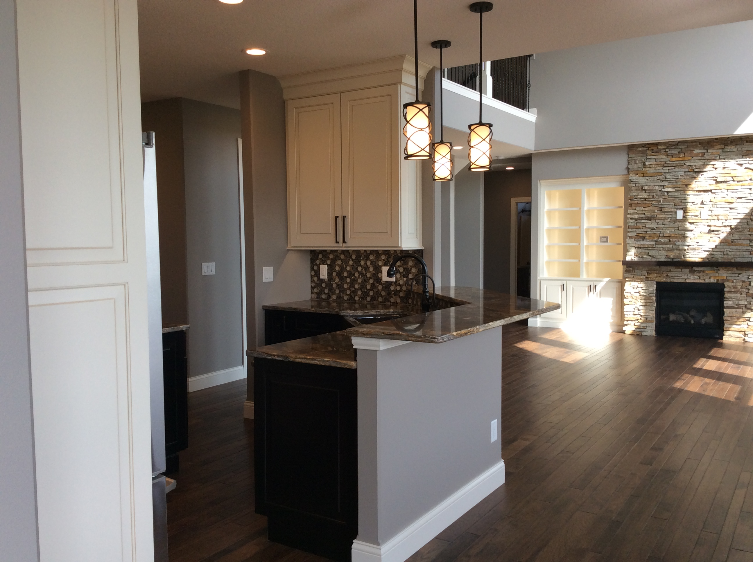 Kitchen and wet bar cabinets coralville - Wet bar cabinets ...